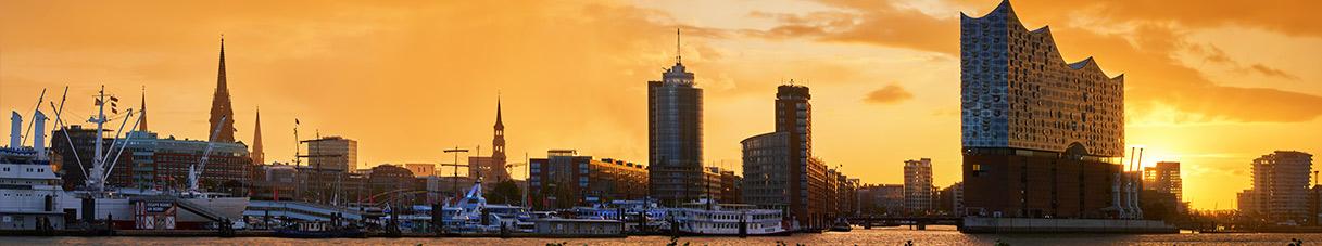Hamburg Bilder auf Leinwand - Sonnenaufgang hinter der Elbphilharmonie
